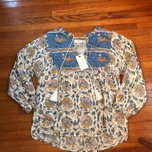 Lucky Brand Small NWT Blue V-Neck Peasant Top.